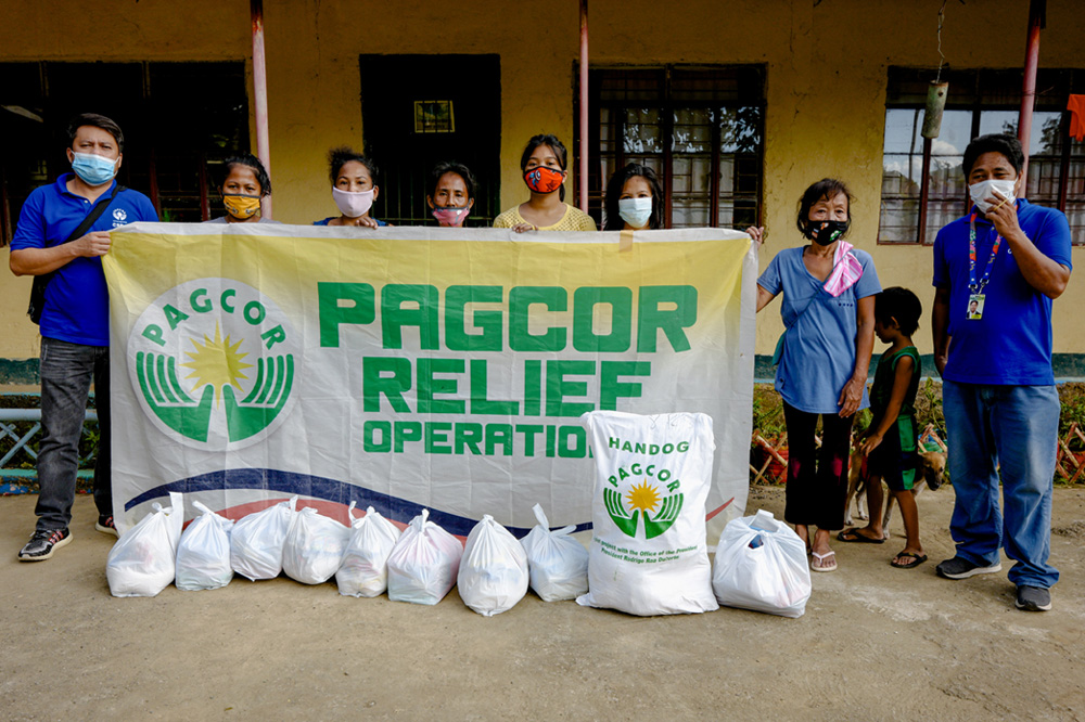 Distressed families in Cagayan get help from PAGCOR