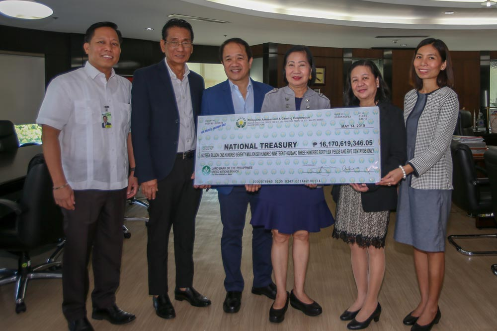 PAGCOR brings joy to solo parents on 3rd day of Pamaskong Handog 2018